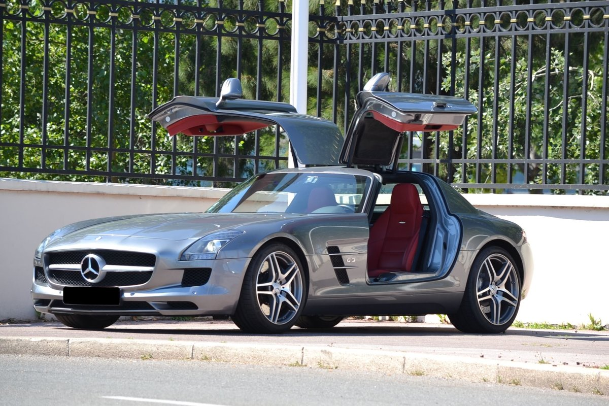 2010 Mercedes-Benz SLS AMG coupé For Sale by Auction (picture 1 of 1)
