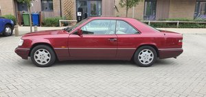 1994 Mercedes W124 E320 Coupe