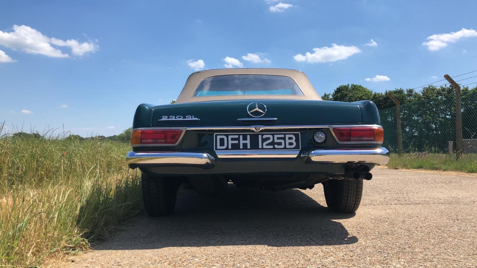 Mercedes-Benz 230 SL Pagoda Manual 1966 For Sale (picture 9 of 13)