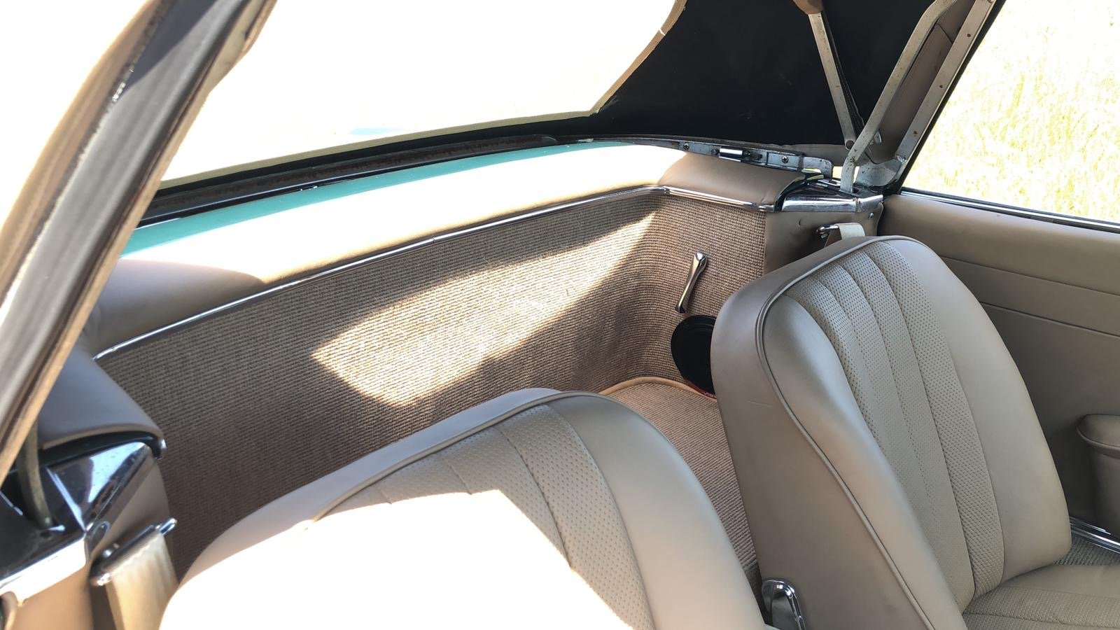 Mercedes-Benz 230 SL Pagoda Manual 1966 For Sale (picture 12 of 13)
