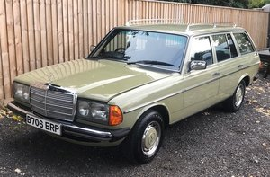 1985 MERCEDES-BENZ 200T For Sale by Auction