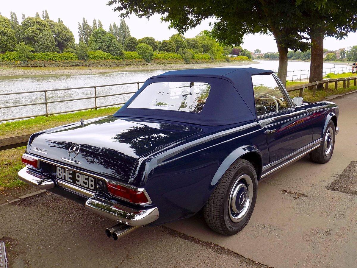 1964 MERCEDES W113 230 SL 'PAGODA' SPORTS CONVERTIBLE SOLD ...