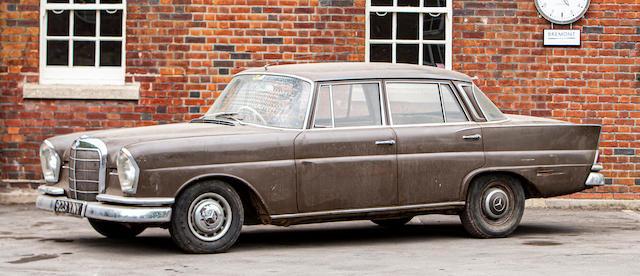 1964 Mercedes-Benz 220SE Saloon
