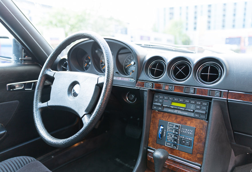 1981 Mercedes Benz 380 SLC (LHD) For Sale (picture 16 of 20)