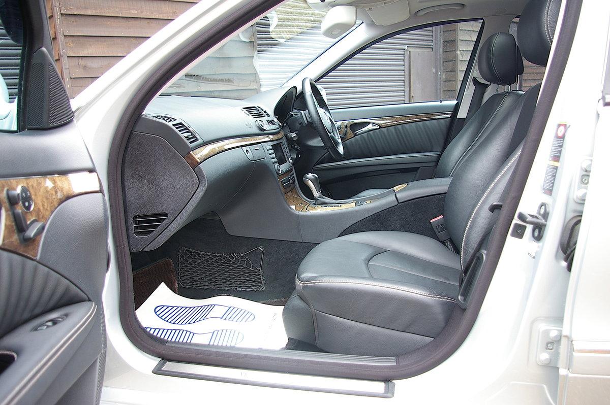 2007 Mercedes-Benz E350 S AMG Avantgarde Estate (31,615 miles) SOLD (picture 4 of 6)