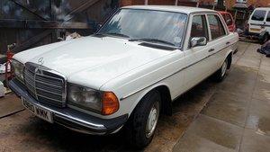 1984 Mercedes W123 240D Saloon For Sale