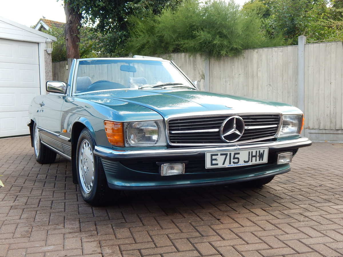 1987 Stunning low mileage original 300SL For Sale (picture 1 of 6)