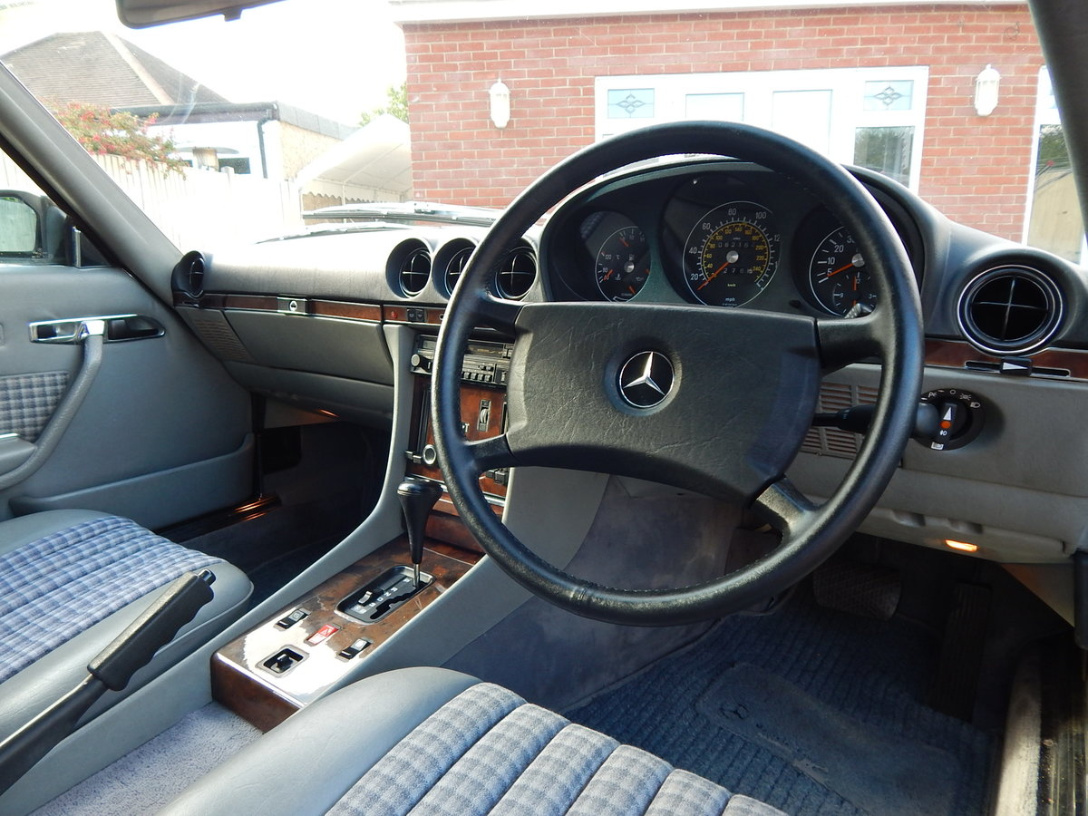 1987 Stunning low mileage original 300SL For Sale (picture 5 of 6)