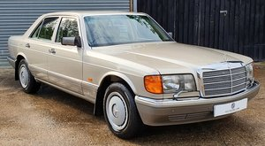 ONLY 23,000 Miles - Rare Manual - Mercedes 300 SE W126