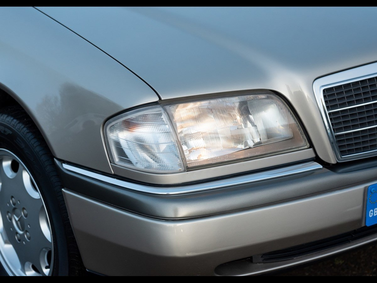 1995 Mercedes C280 Elegance Time Warp Conditiin For Sale (picture 6 of 6)