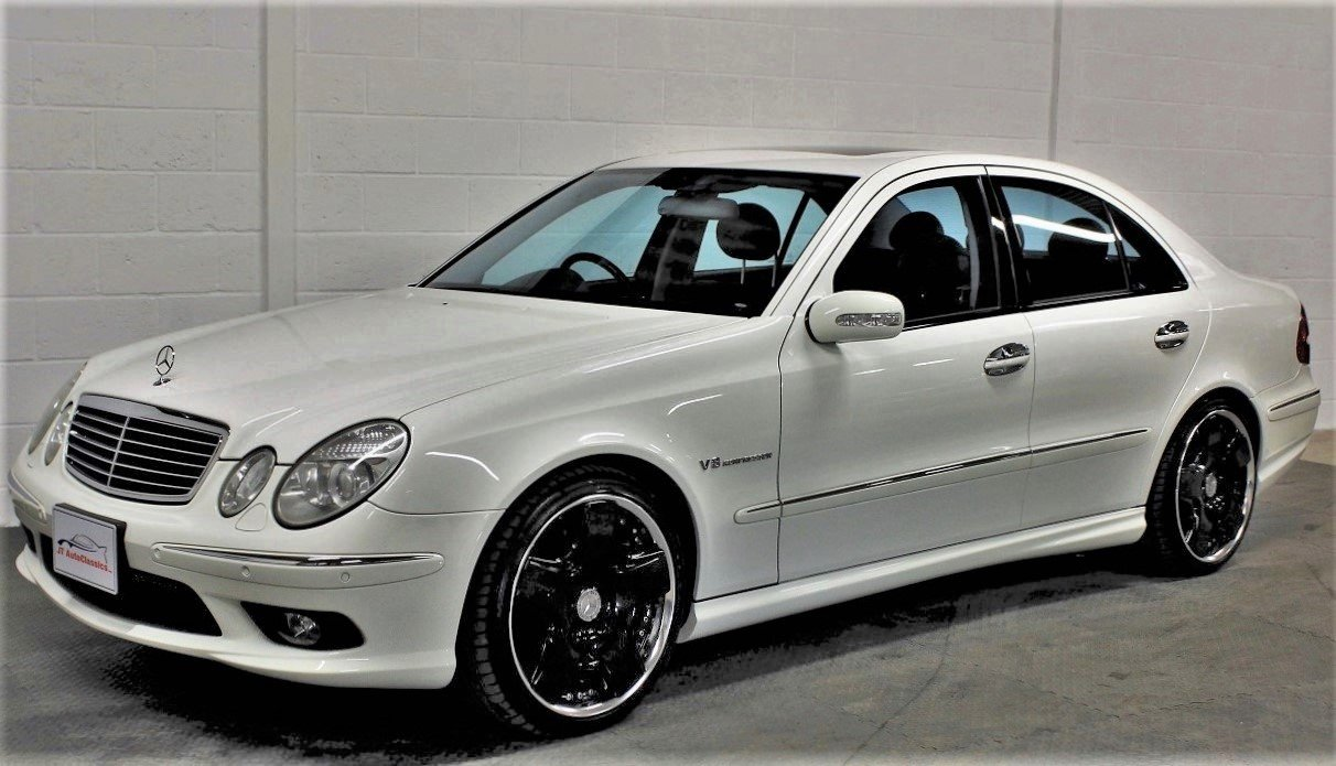 2005 Mercedes-Benz W211 E55 AMG,25,076 miles from new For Sale (picture 4 of 6)