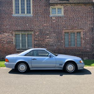 1991 Mercedes-Benz SL300, R129 with FSH & a new MOT