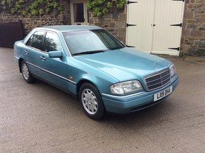 """1993 Mercedes C180 """"Elegance"""" auto"""