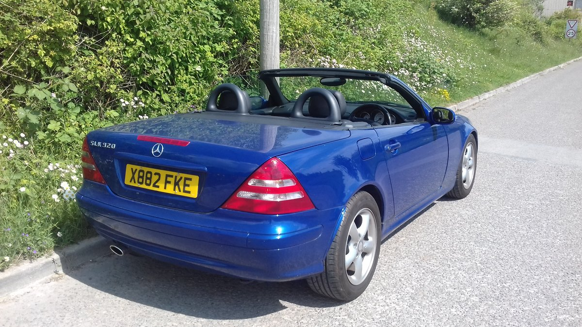 2000 SLK 320 Outstanding condition and low mileage For Sale (picture 4 of 6)