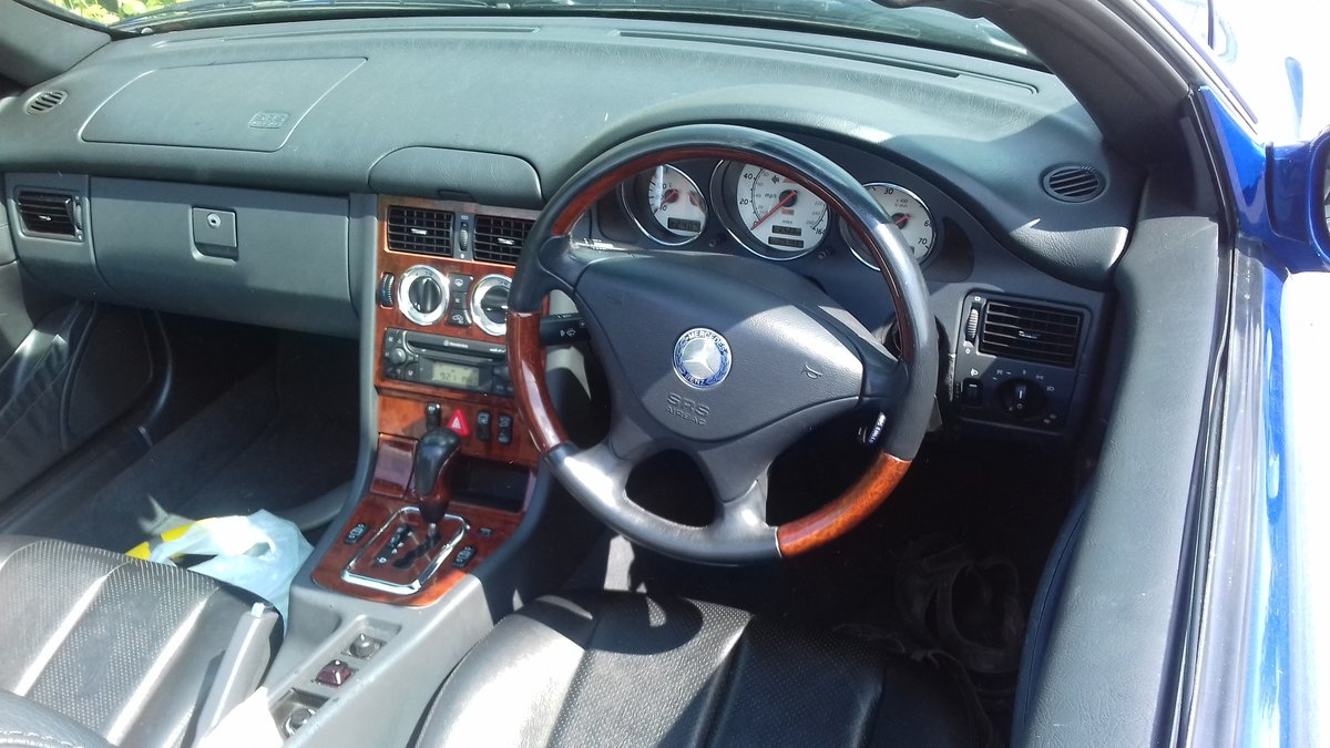 2000 SLK 320 Outstanding condition and low mileage For Sale (picture 6 of 6)