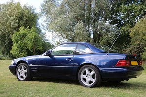 Mercedes SL320 V6 low mileage