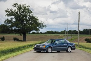 1991 MERCEDES-BENZ 500E - Superb service history