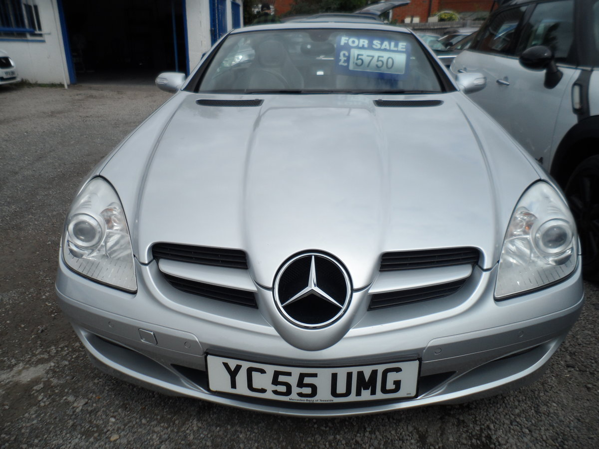 2005 SLK 3LTR AUTO V/6 PETROL  SMOOTH AS SILK WITH LEATHER 47 MIL For Sale (picture 2 of 6)