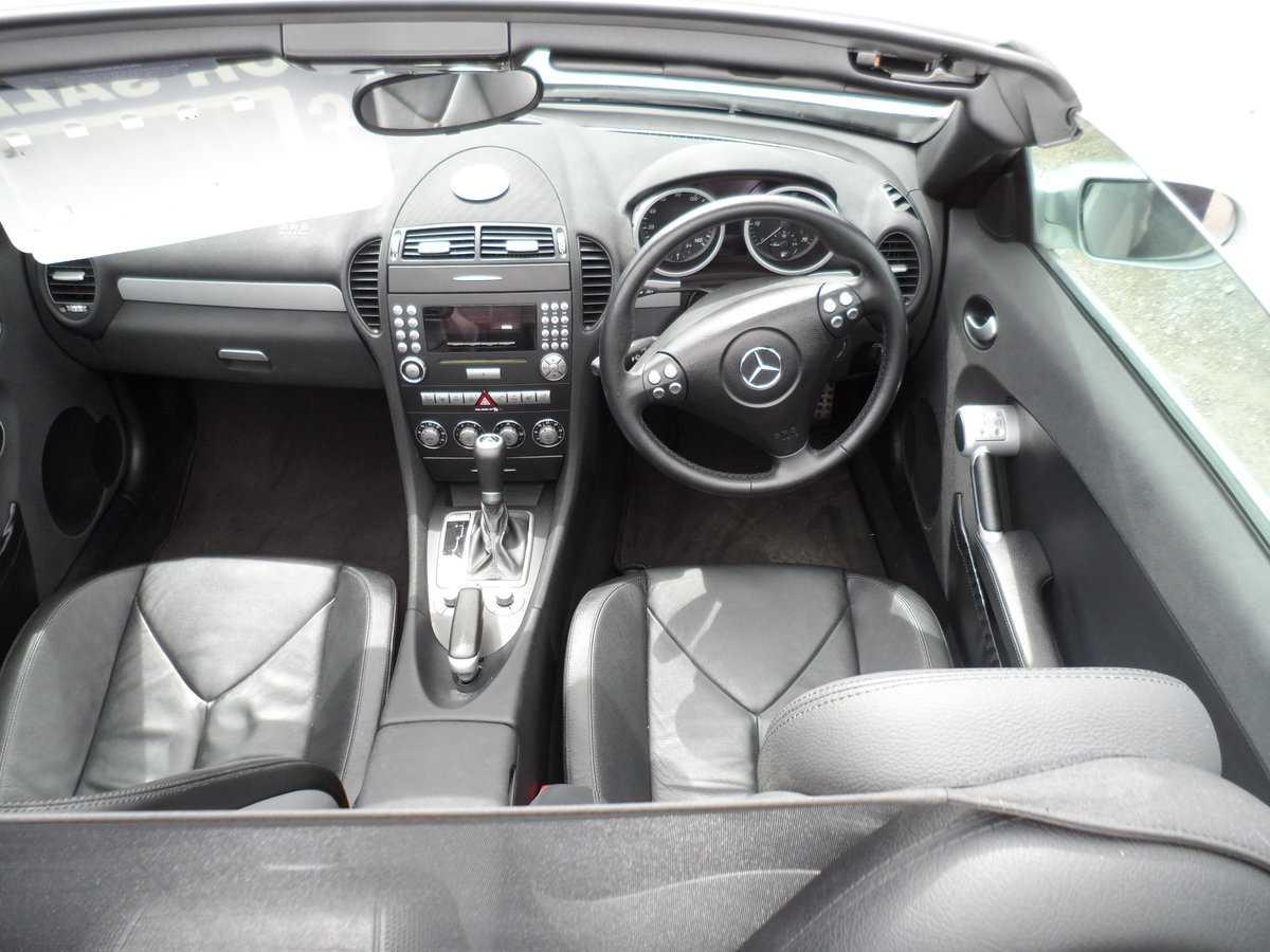 2005 SLK 3LTR AUTO V/6 PETROL  SMOOTH AS SILK WITH LEATHER 47 MIL For Sale (picture 6 of 6)