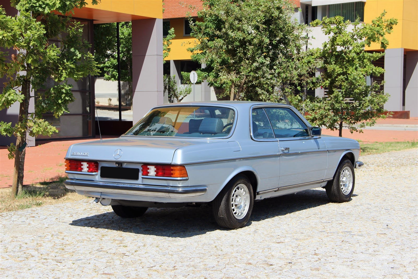 1983 Mercedes-Benz 230CE For Sale (picture 2 of 6)