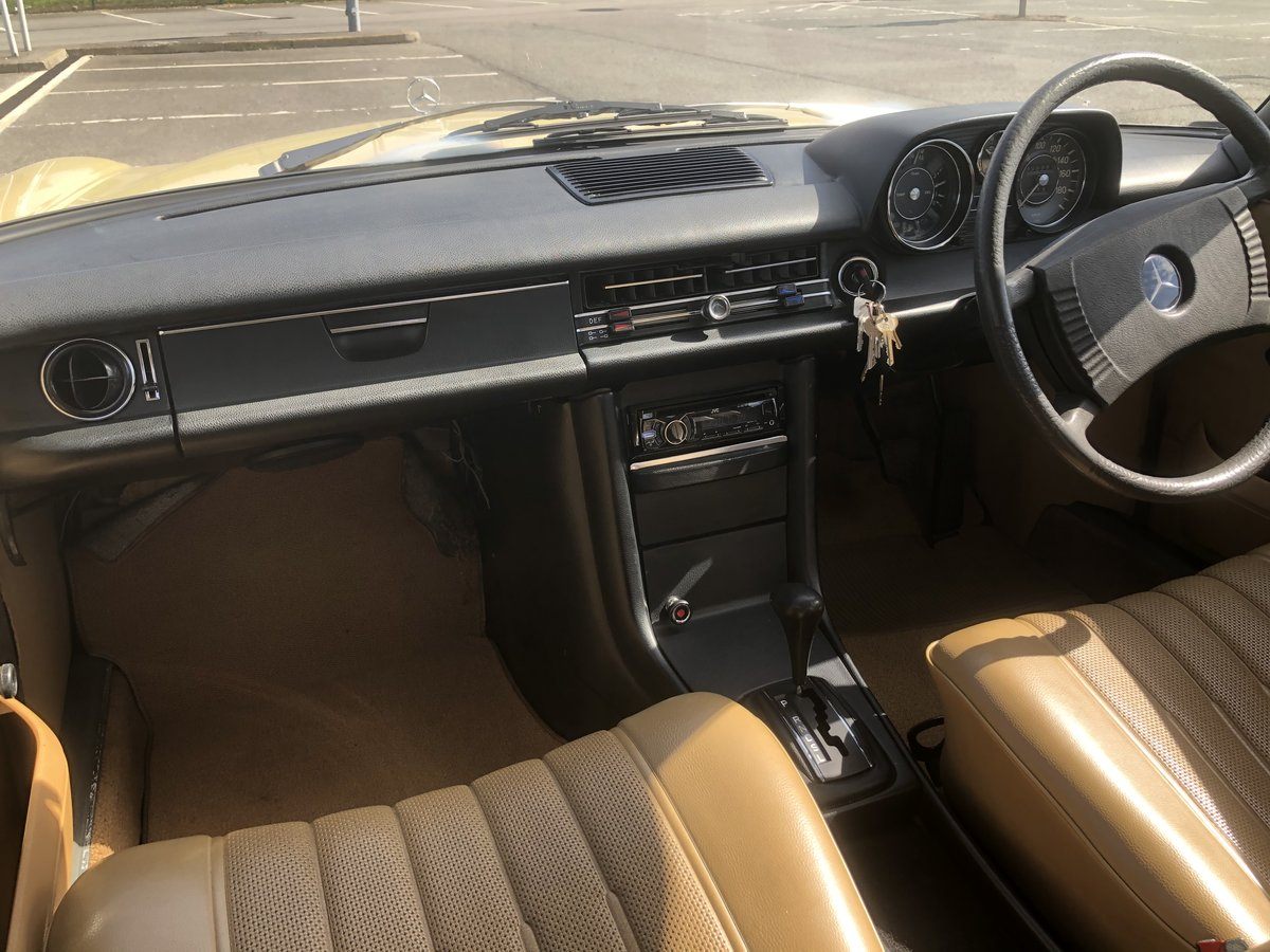 1975 Mercedes 230.4 Auto For Sale (picture 4 of 6)