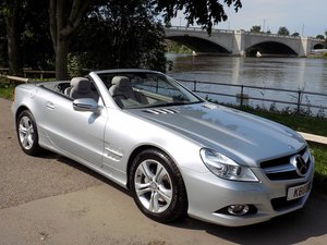 Picture of 2008 MERCEDES SL350 7G-TRONIC CONVERTIBLE SOLD