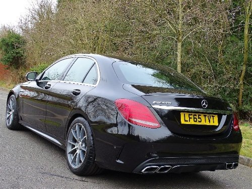 2015 Mercedes-Benz C Class 4.0 C63 AMG (s/s) 4dr FULLY LOADED For Sale (picture 4 of 10)