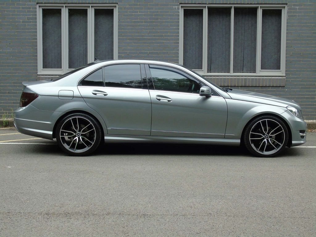 2012 Mercedes-Benz C Class 2.1 C250 CDI BlueEFFICIENCY AMG Sport  For Sale (picture 3 of 10)