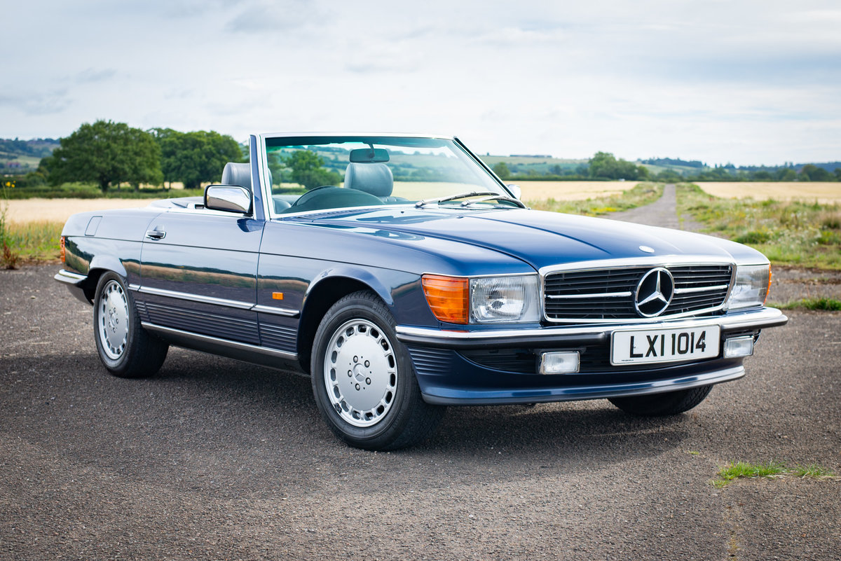 1987 Mercedes-Benz R107 300SL - 14,149 Miles From New For Sale (picture 1 of 6)