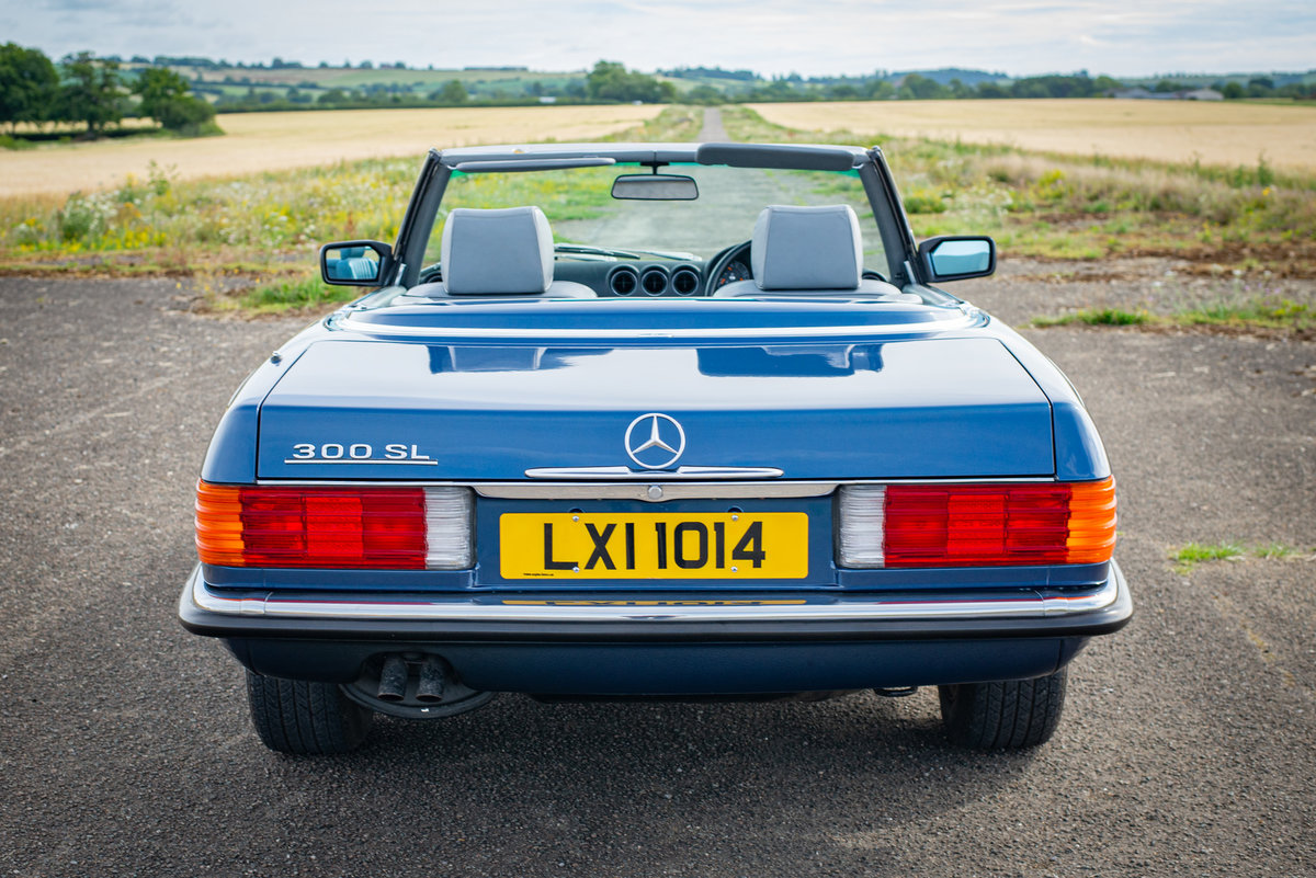 1987 Mercedes-Benz R107 300SL - 14,149 Miles From New For Sale (picture 3 of 6)