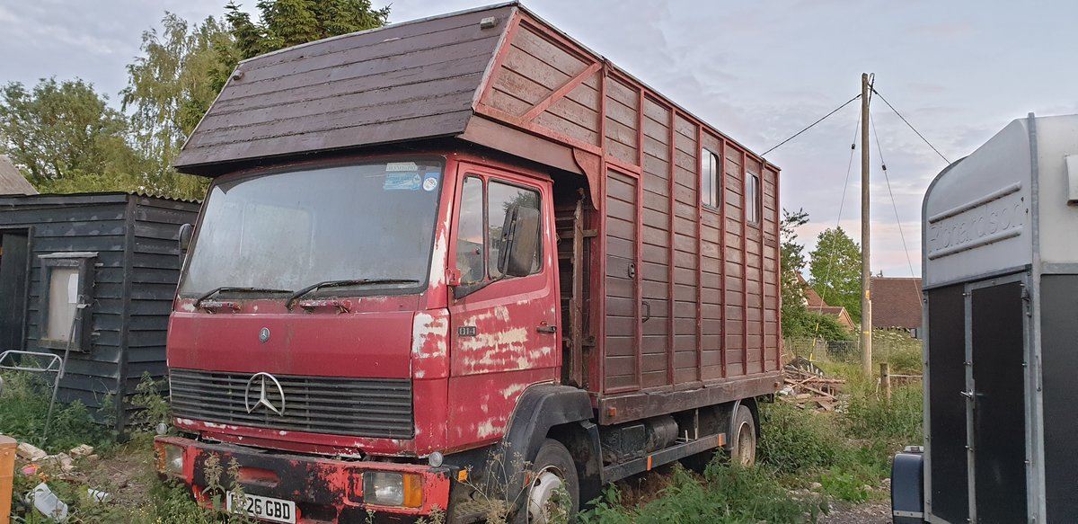 1987 814 Horse box project  For Sale (picture 1 of 2)