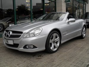 SL 350 2008 1 LADY OWNER JUST 9400 MILES FROM NEW For Sale
