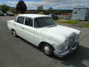 Picture of 1967 MERCEDES BENZ 230S LHD W110 FINTAIL