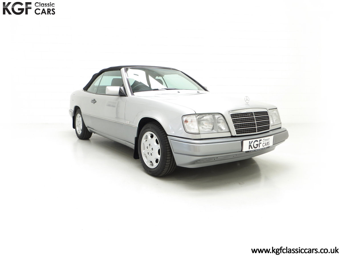 1997 A Splendid Mercedes-Benz W124 E220 Cabriolet 48,443 Miles For Sale (picture 1 of 24)