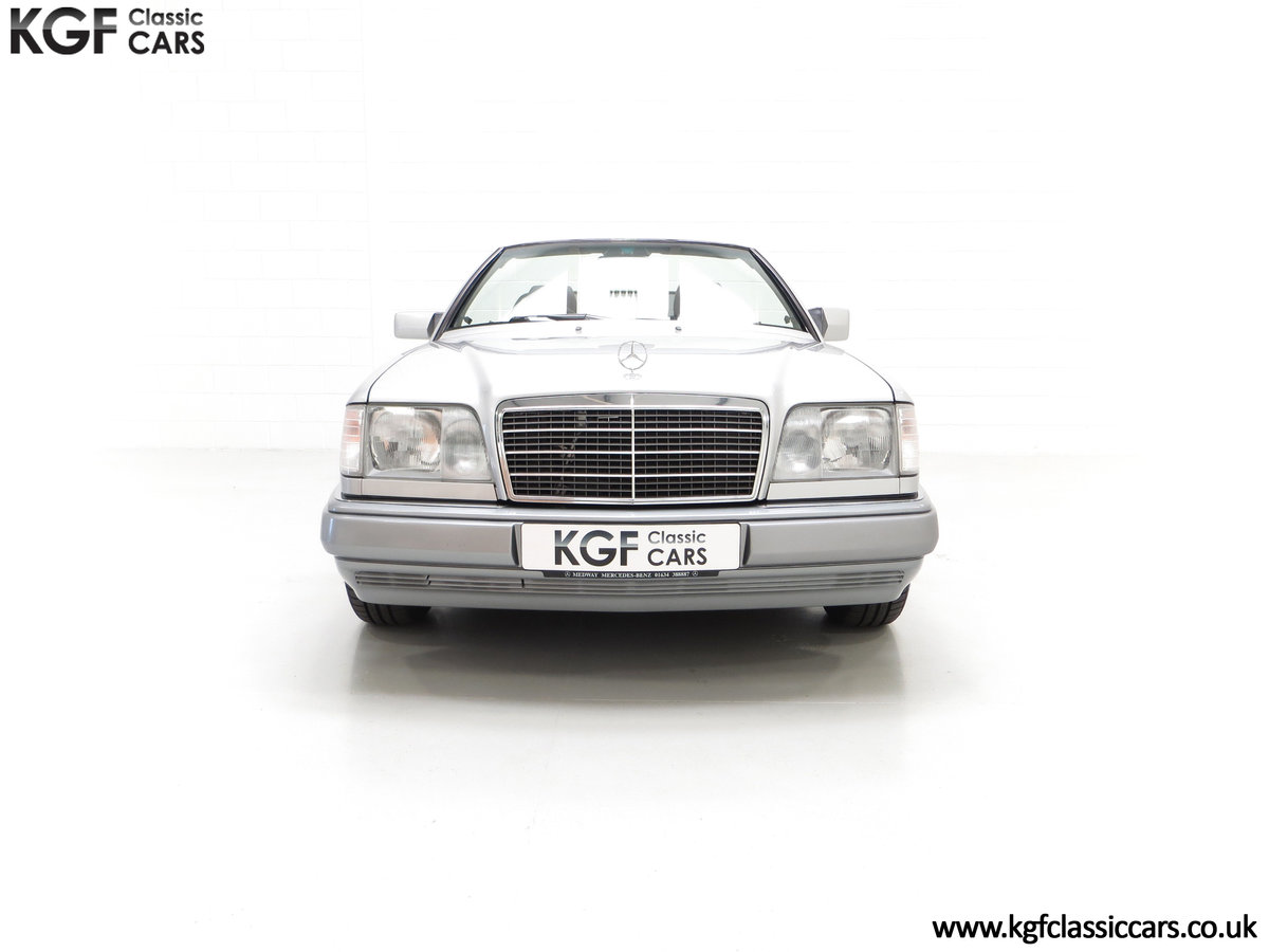 1997 A Splendid Mercedes-Benz W124 E220 Cabriolet 48,443 Miles For Sale (picture 3 of 24)