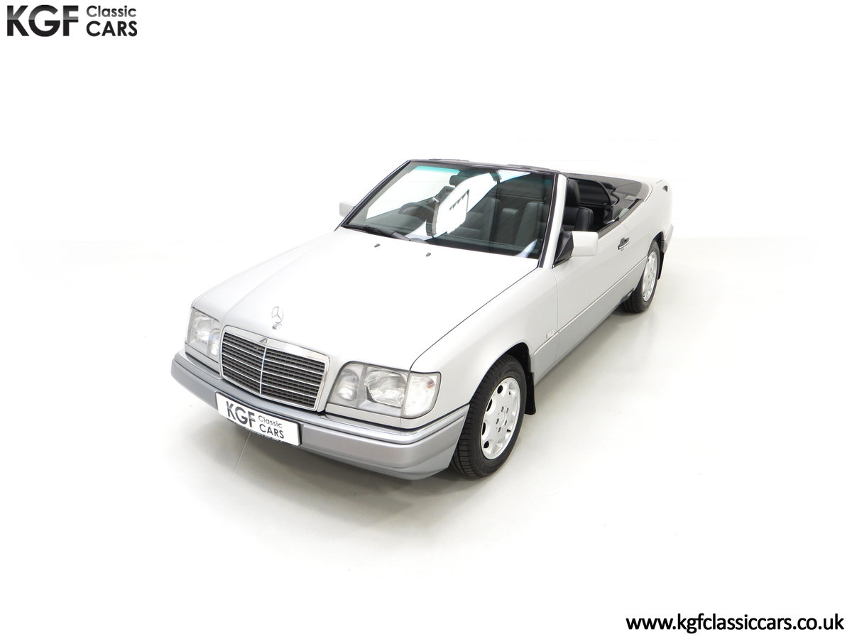 1997 A Splendid Mercedes-Benz W124 E220 Cabriolet 48,443 Miles For Sale (picture 5 of 24)