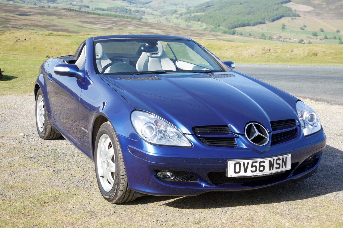 2006 Mercedes SLK Superb, 8k miles, FMBSH, Superb For Sale (picture 1 of 6)