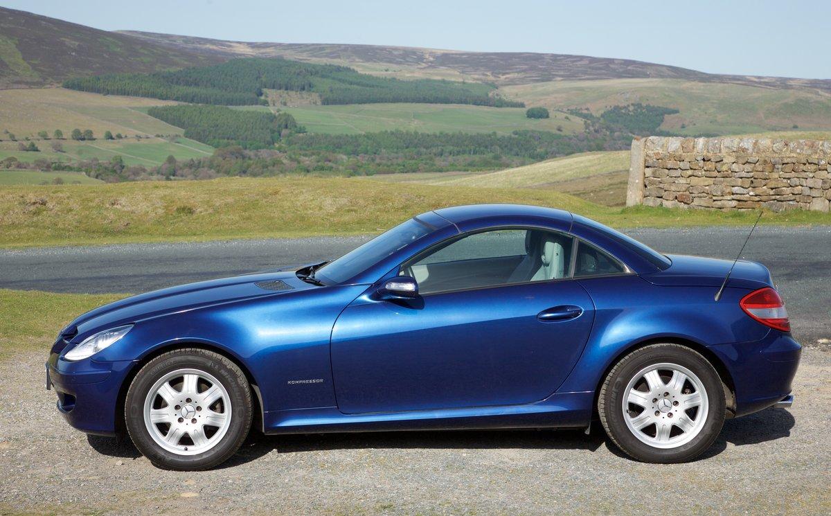 2006 Mercedes SLK Superb, 8k miles, FMBSH, Superb For Sale (picture 4 of 6)