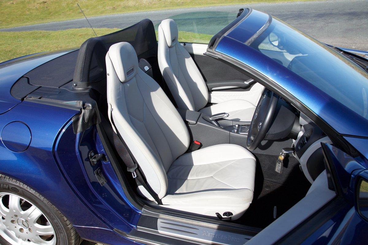 2006 Mercedes SLK Superb, 8k miles, FMBSH, Superb For Sale (picture 5 of 6)