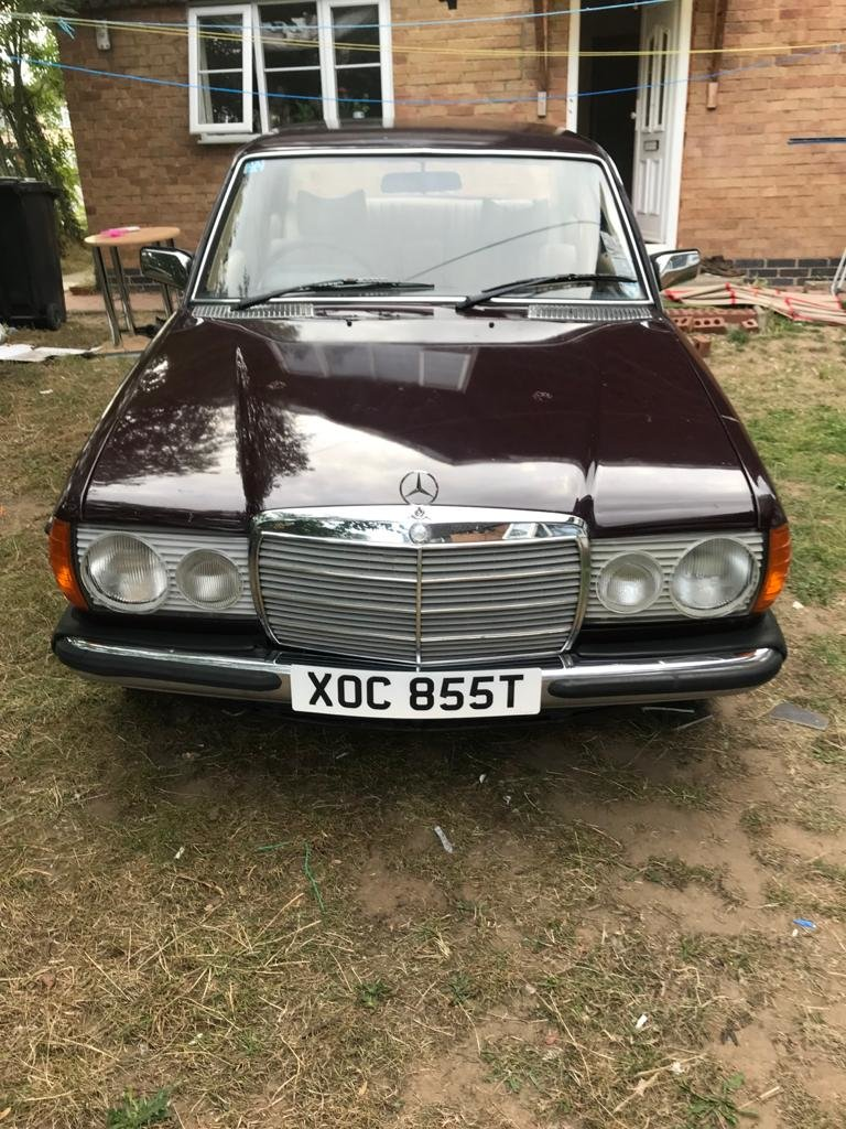 Mercedes Benz w123 230 1978 For Sale (picture 1 of 6)