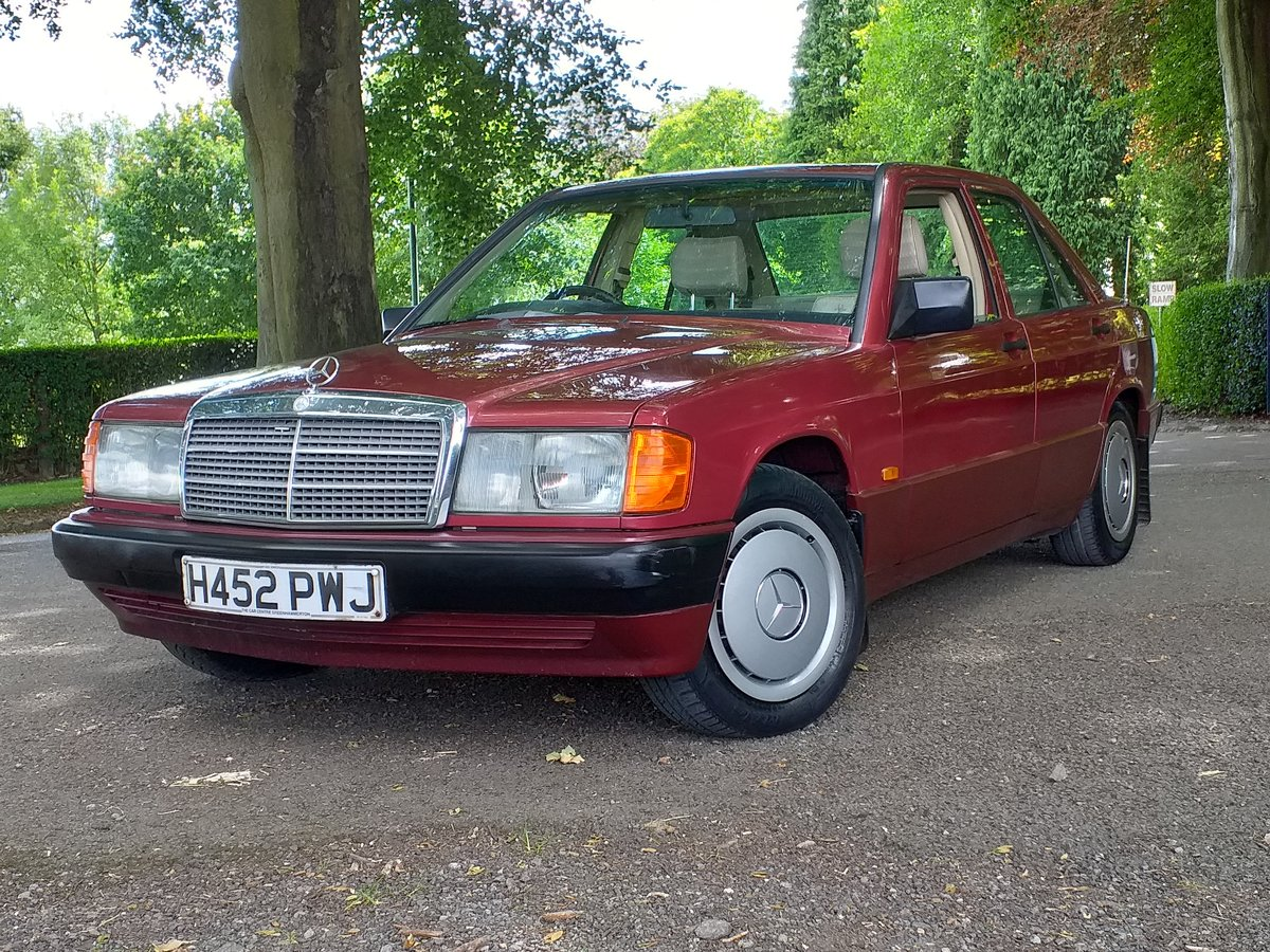 1990 Mercedes 190e AMAZING CONDTION For Sale (picture 1 of 6)
