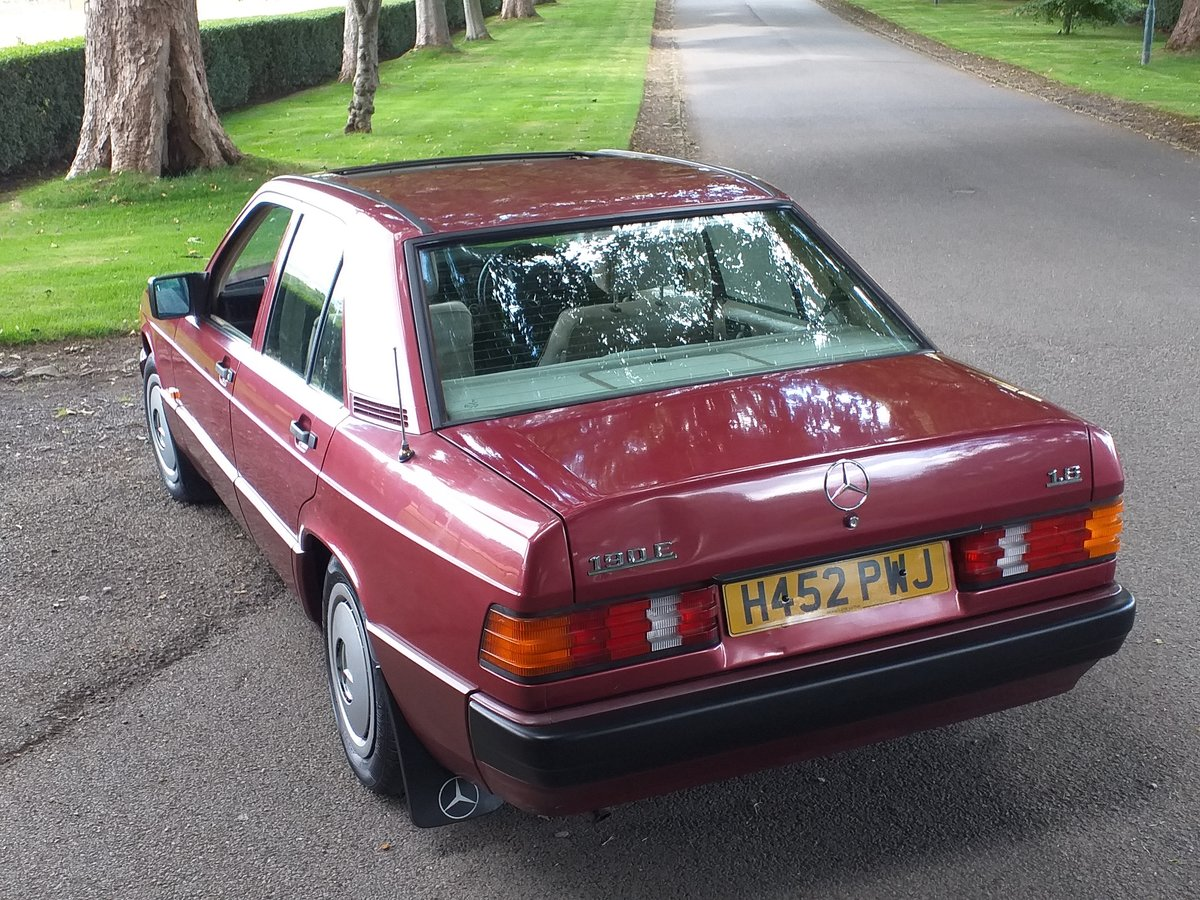 1990 Mercedes 190e AMAZING CONDTION For Sale (picture 3 of 6)