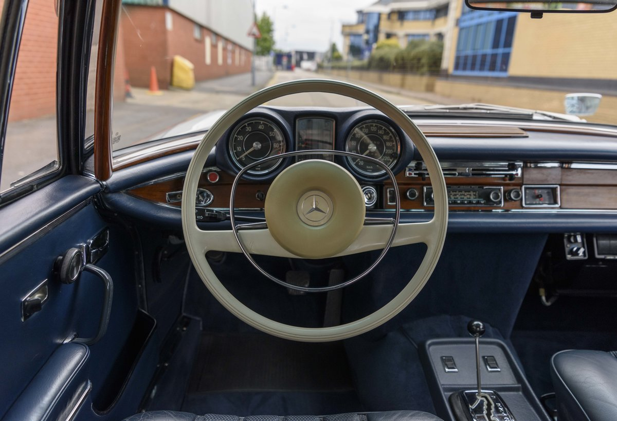 1969 Mercedes-Benz 280SE 3.5 Coupe (LHD) For Sale (picture 16 of 23)