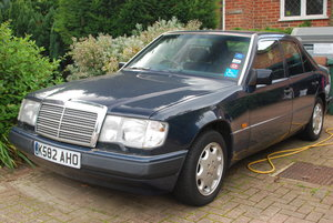 1993 W124 Mercedes E280 saloon