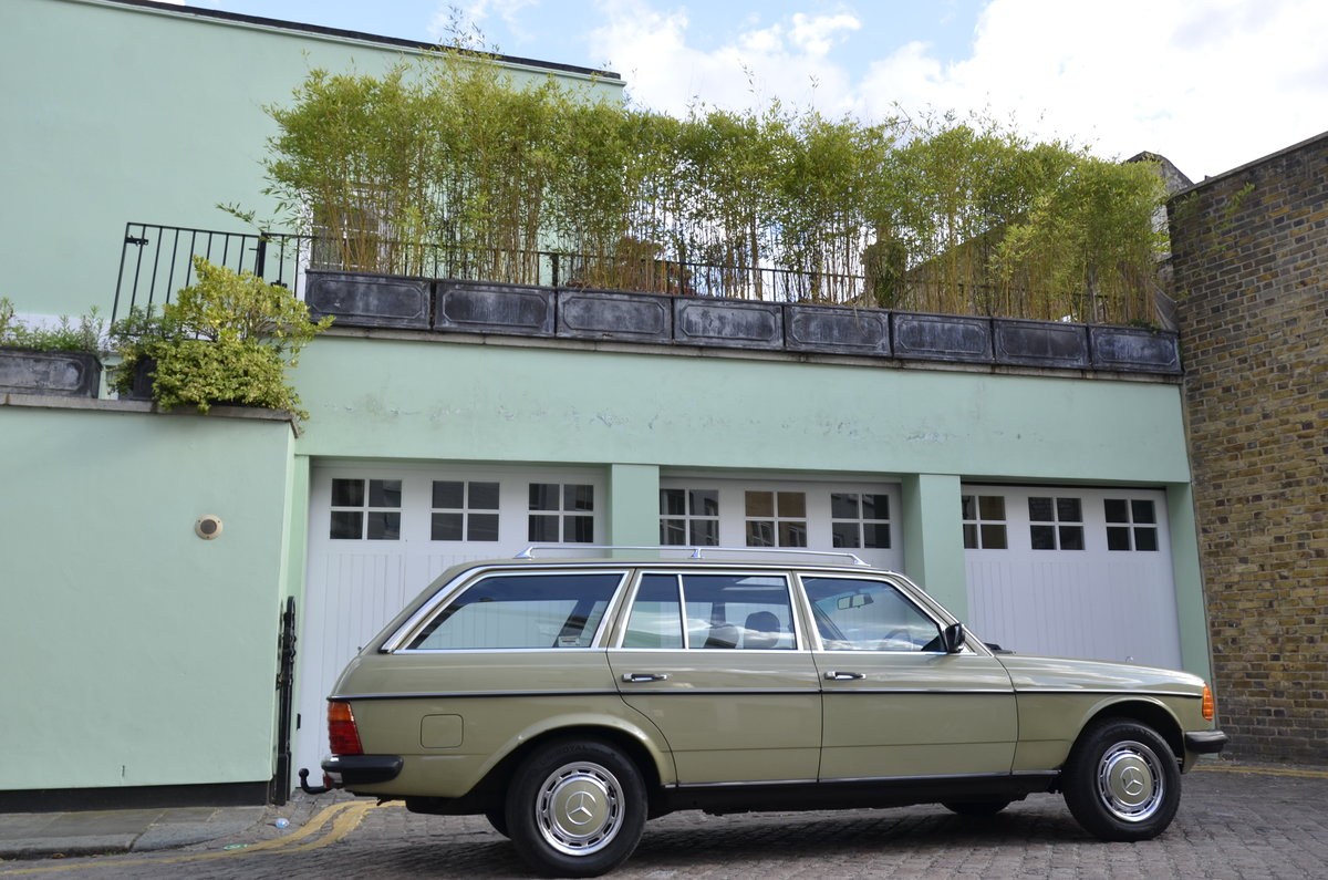 1985 Mercedes-Benz 200T W123 Estate For Sale (picture 4 of 6)