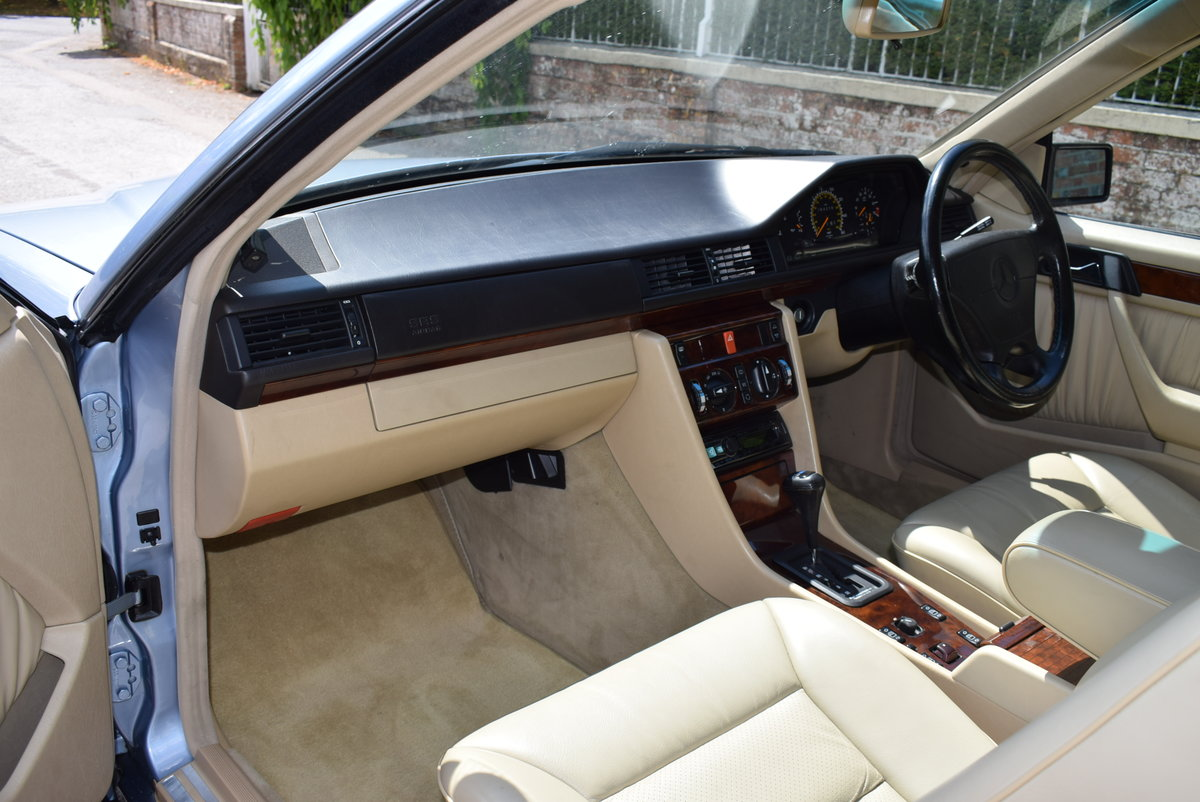 1993 Mercedes-Benz-320CE-W124-Sportline Cabriolet - Immaculate For Sale (picture 2 of 6)