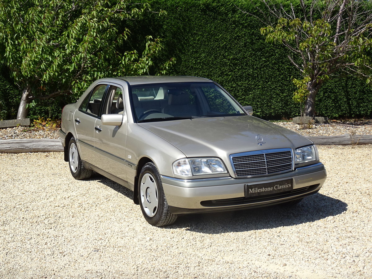 1996 Mercedes C200 Auto - Investment Quality For Sale (picture 2 of 6)