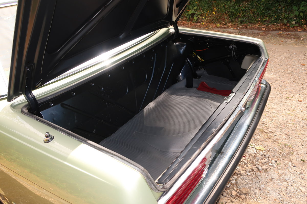 1976 Mercedes-Benz 280SL RHD For Sale (picture 6 of 6)