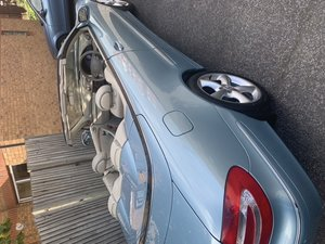 Picture of 2004 Mercedes 320 CLK