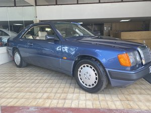 1989 Mercedes-Benz 300 CE 2 door coupe - 28,000 MILES